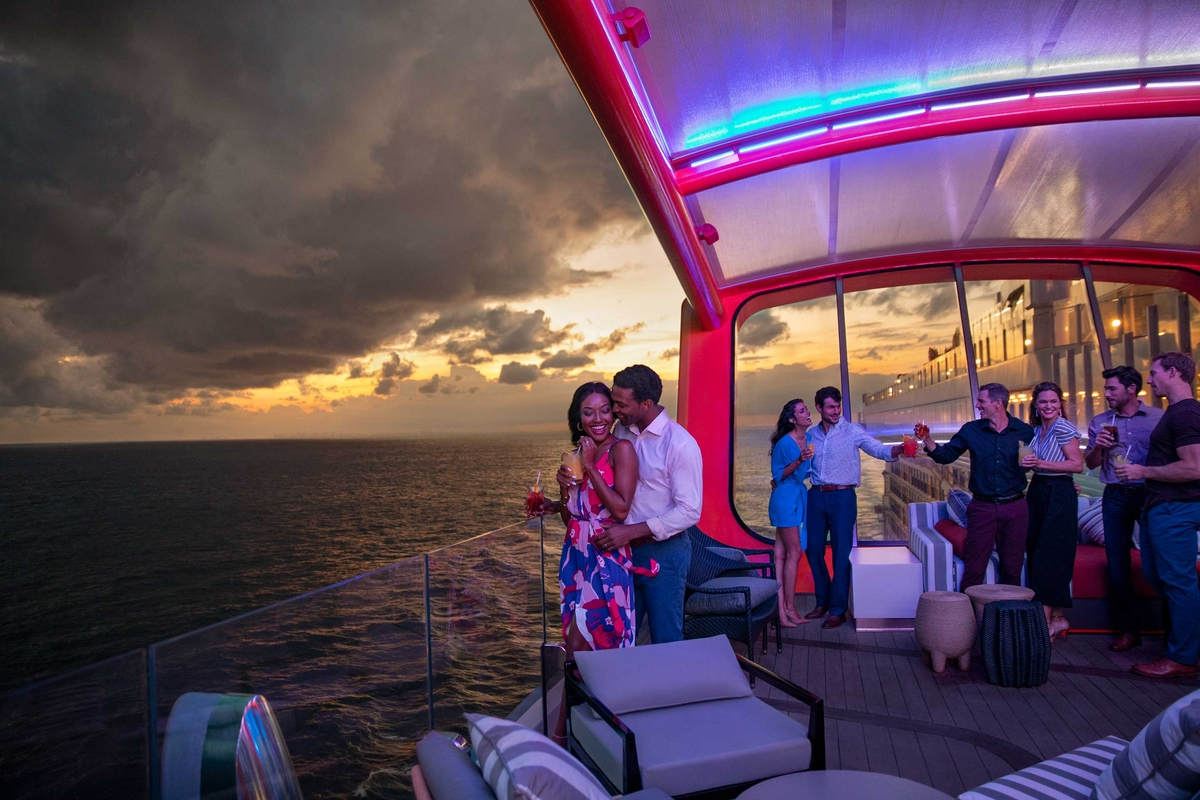 Image How to get the best couples cruise experience.